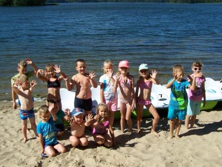Nad jeziorem Limajno - zabawy na plaży oraz obserwacja środowiska przyrodnicze